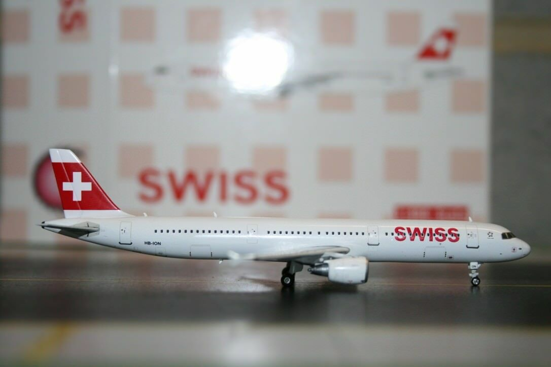 Phoenix 1 1 1 400 Swiss International Airbus A321-200 HB de iones de litio (PH4SWR1052) DIE-CAST e6bbe4