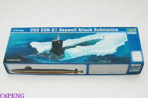 Trumpeter-05904-1-144-USS-SSN-21-Sea-Wolf-Submarine-Hot