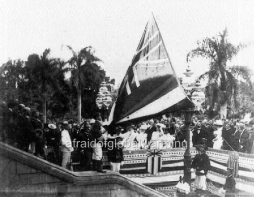 "Photo 8-12-1898 Hawaii Annexation /""Lowering the Hawaiian Flag Iolani Palace/"""