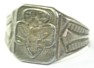 Girl ring scout vintage
