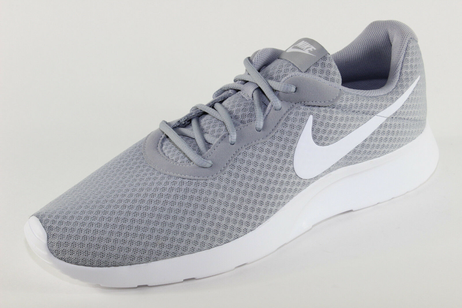 Nike Tanjun, leichte Sport-Turnschuhe, Grau   Weiß, Herrenschuhe Übergröße