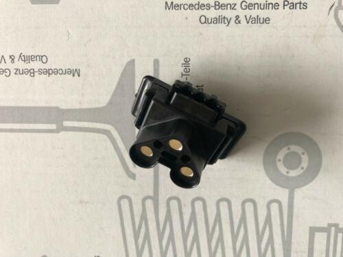 Stecker Lichtmaschine Mercedes 600 W100 R107 W108 W109 W111 Coupé W113 W114 W116