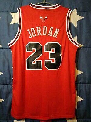 new concept a73af 6b1a9 SIZE M Chicago Bulls NBA Basketball Shirt Jersey Nike Jordan #23 | eBay