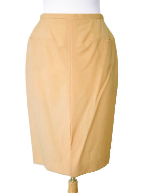 600+ NWT Kiton Women's  Tan Wool Skirt euro 42 US 6 (IDKIWOSKRT16 )