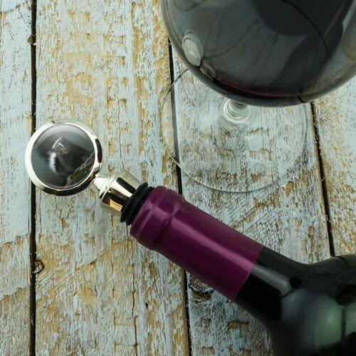 Curious Skunk Wine Bottle Stopper