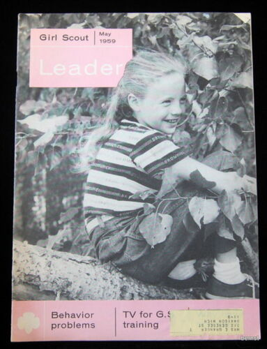 VINTAGE 1959 GIRL SCOUT FREE SHIPPING GIRL SCOUT LEADER MAY