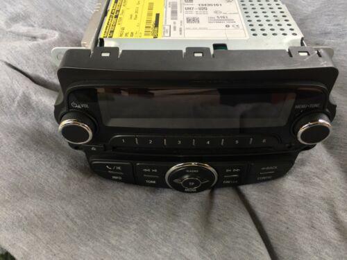 Opel Adam Bj 2013 Radio CD 13435161 557799431 13120 UH7-U2Q