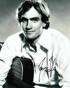 Music-James-Taylor-Hand-Signed-8x10-Photograph