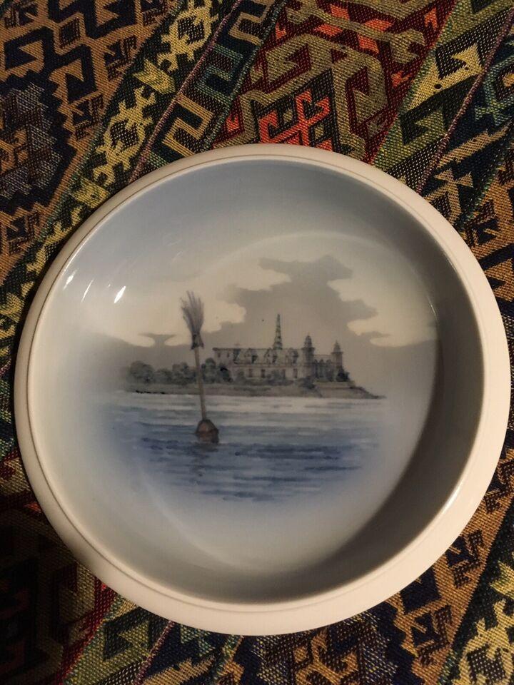 Porcelæn, Skål med motiv af Kronborg. , Royal Copenhagen