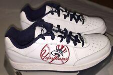e91975436435 item 4 NIB Reebok MLB Clubhouse New York Yankees Top Hat Logo White Tennis  Shoes Sz 6 -NIB Reebok MLB Clubhouse New York Yankees Top Hat Logo White  Tennis ...
