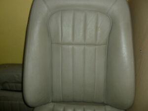 jaguar-daimler-xj6-x300-XJ8-X308-leather-seat-squab-covers-AGD-LEG-NDR-NED
