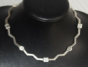 collier ras de cou agatha