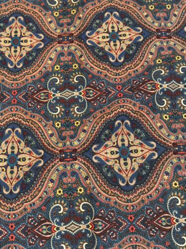 """New Waverly 100/% Cotton Navy Blue Fabric Paisley Quatrefoil 54"""" Sold By Yard"""