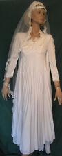 Vintage Wedding Dress 1970s Pleated Knit with Train & Headpiece B32