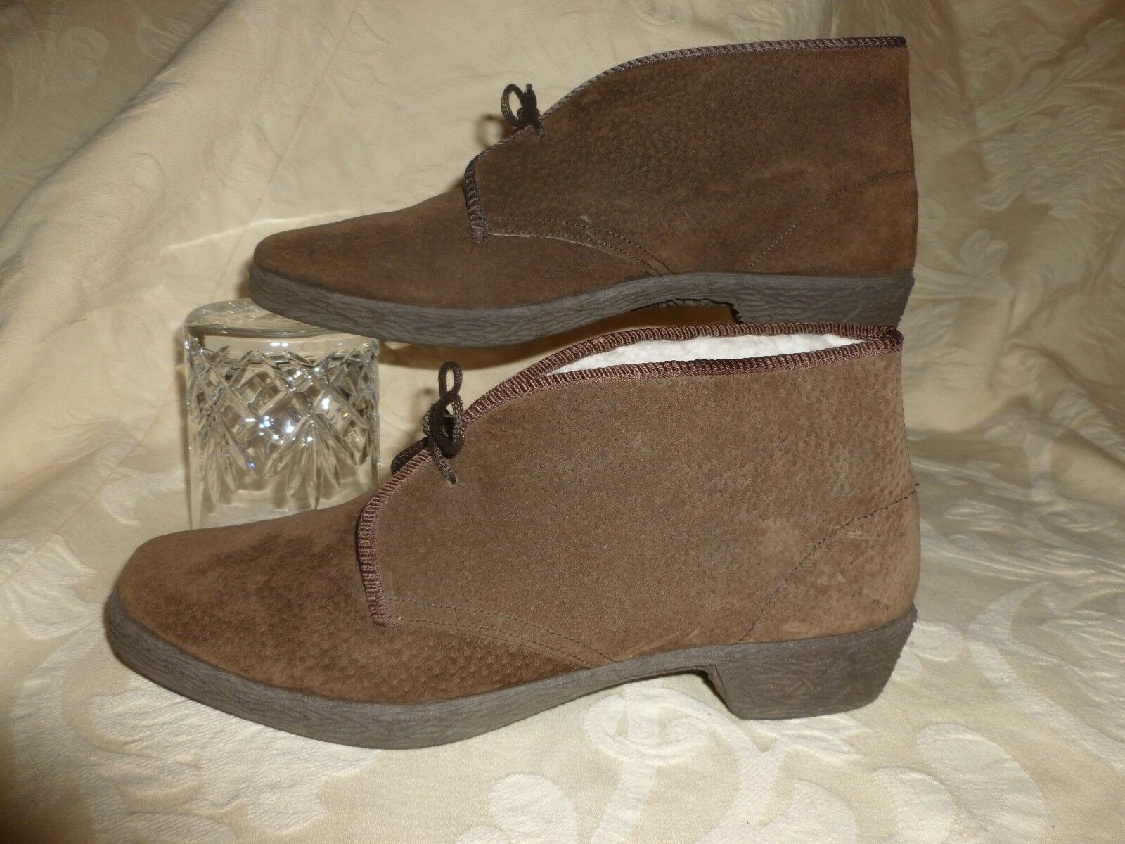 VINTAGE JOLLIES REAL SHEEPSKIN  ANKLE BOOTS   SLIM FIT   MADE IN ENGLAND