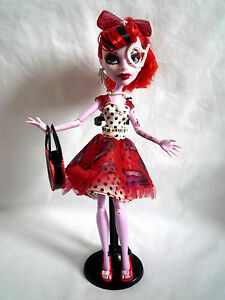monster high doll operetta dot dead gorgeous with stand handbag
