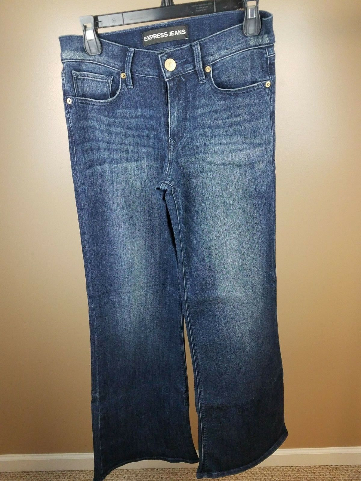 Express High Wasted Jeans Dark bluee Wash Flared Womens Size 4