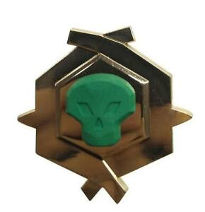 Sea-of-Thieves-Ansteck-Pin-Pirate-Legend-Limited-Edition-Glow-In-The-Dark