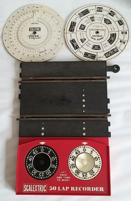 Scalextric Vintage Lapcounter C272 with 2 Speed Dial Cards