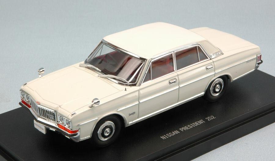 Nissan president 252 1987 bianca 1 43 auto stradali scala ebbro