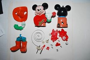 Vintage-1970-039-s-Mickey-Mouse-Wind-Up-Toy-By-Illco-Good-For-Parts-For-Repair