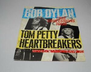 Bob-Dylan-True-Confessions-Tour-Tom-Petty-Heartbreakers-Program-Book