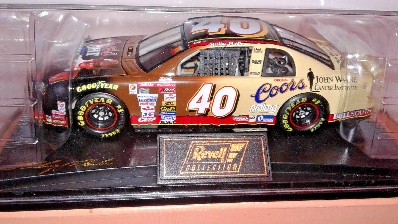 1999 Revell Collection Coors Light John Wayne  Monte Carlo, 1 24 scale