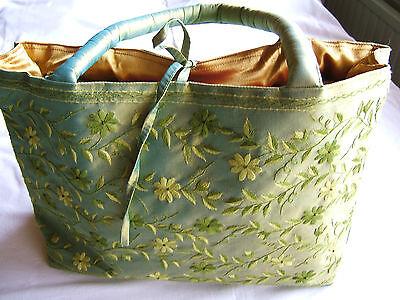 neu Handtasche Seide handmade grün Unikat Shopper Stickerei elegant Tasche