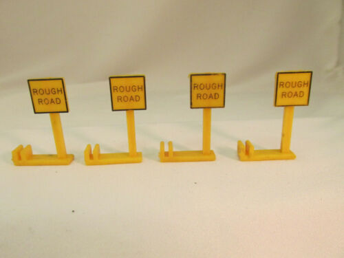 "AURORA MODEL MOTORING /""ROUGH ROAD/"" SIGNS FOR COBBLESTONE ROADWAYS ~ 4 PC!"