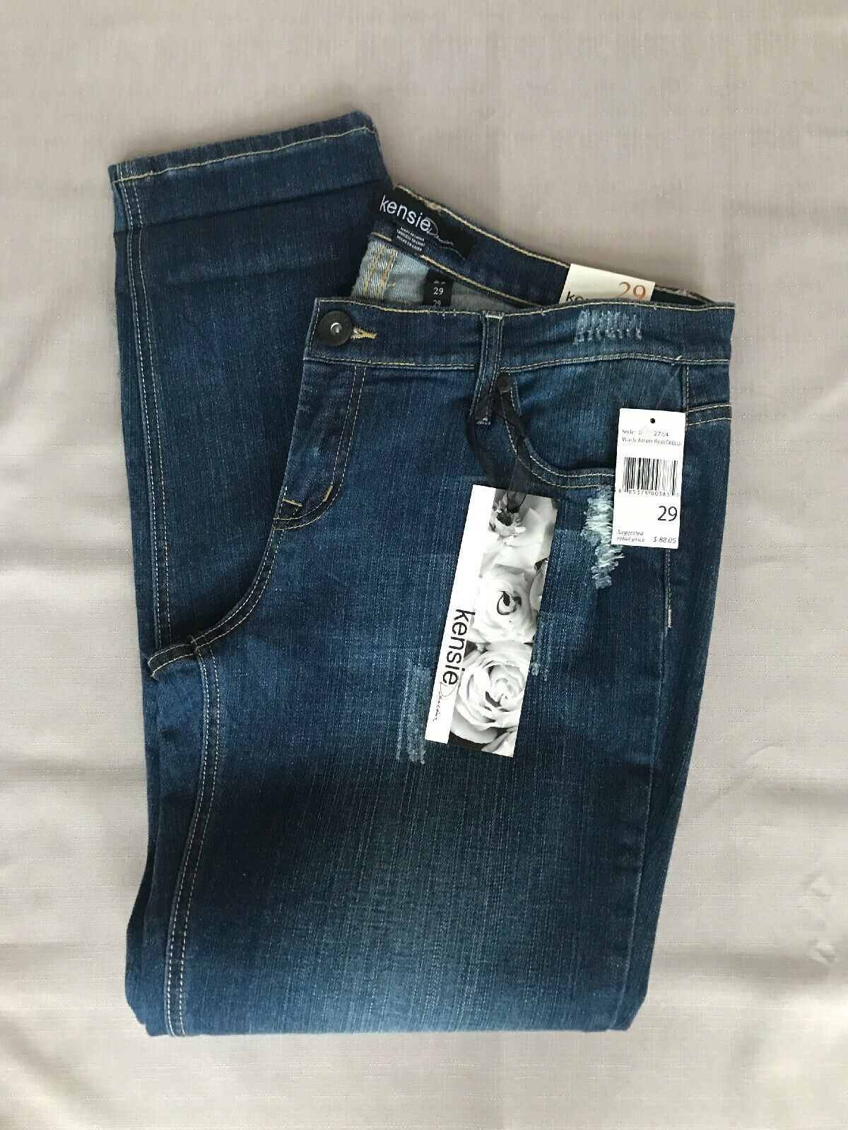 NWT Kensie Low rise, Straight Leg, distressed, bluee jeans, size 29