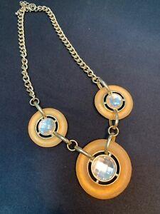 Vintage-Bold-Round-faceted-Lucite-gold-bib-Rhinestone-statement-necklace