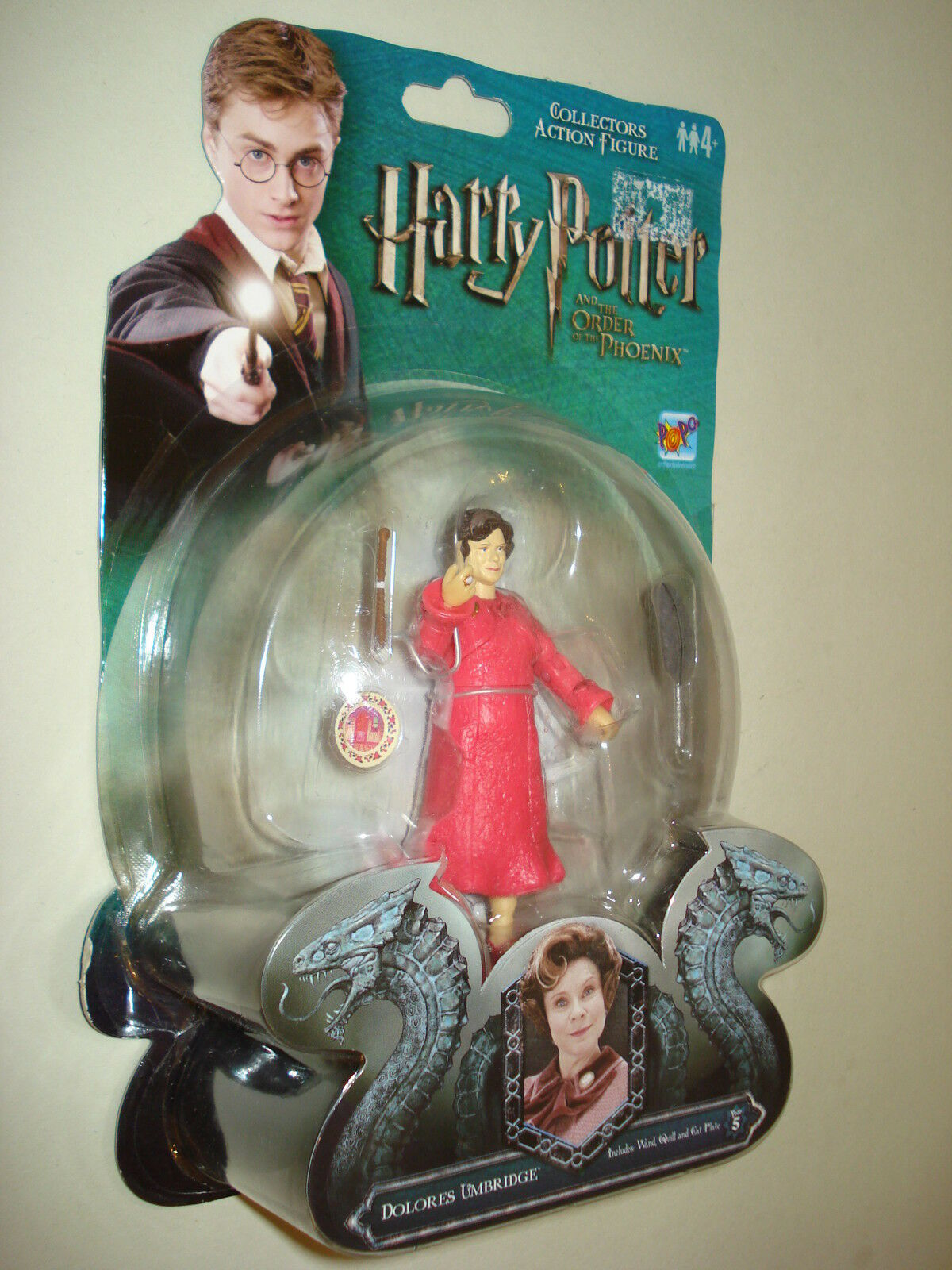 Harry Potter - Dolores Umbridge wand Quill Cat plate 3.75