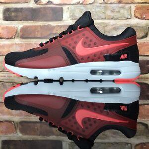 Nike 876070 005 Air Max Zero Essential Low Hombre Corriendo