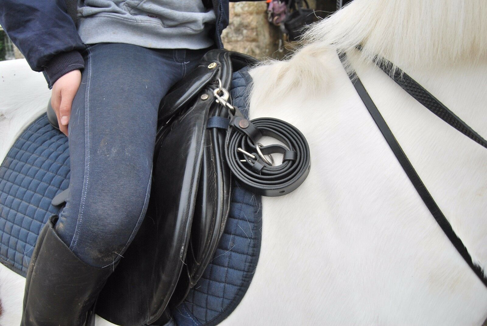 Riders Leather Emergency Strap - Saddle Accessory - Lead Rein   Stirrup Leather