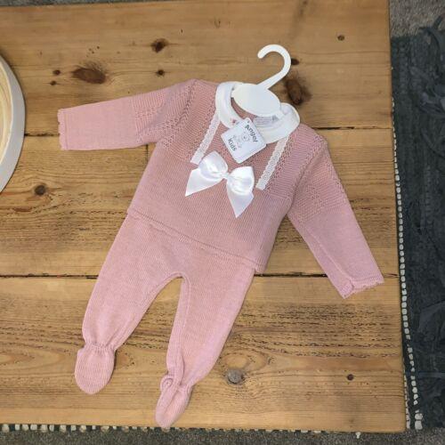 Angel Baby Girls espagnol Tricot Costume Hôpital Set rose sombre BNWT 3-6 mois