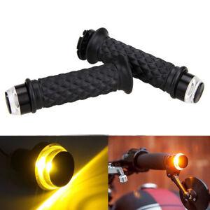 7-8-034-Motorcycle-Handlebar-Hand-Grip-amp-LED-Plug-Strobe-Side-Marker-Turn-Light-Bar