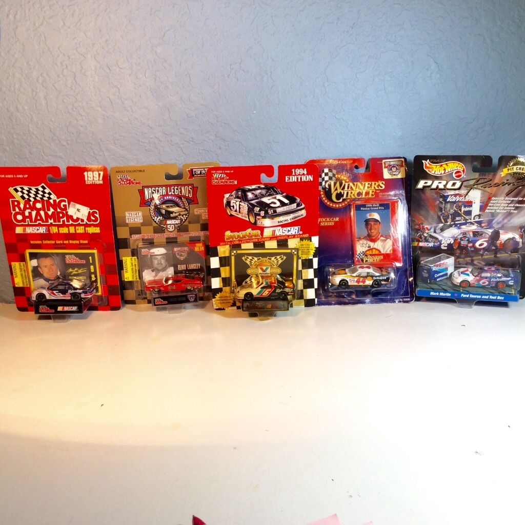 Lot of 5 NASCAR Legends Champions Racing Cars Martin Stewart Langley