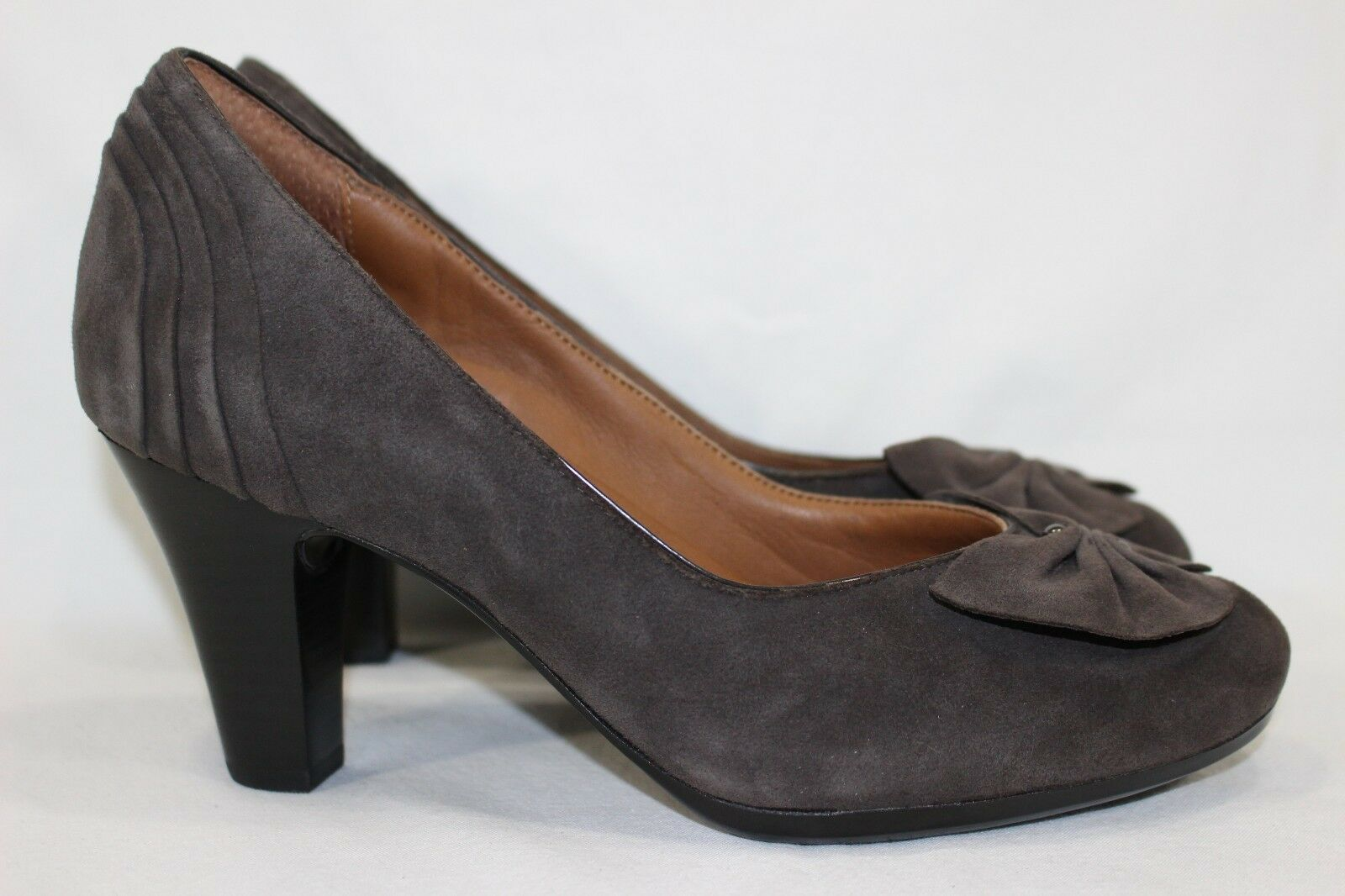 """CLARKS ARTISAN """"SOCIETY BALL"""" BOW PUMPS WOMEN'S 8N BROWN LEATHER # 62316"""