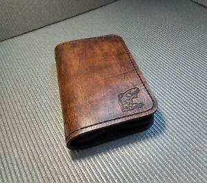 Fly-nymph-wallet-Fly-Fishing-Leather-Wallet
