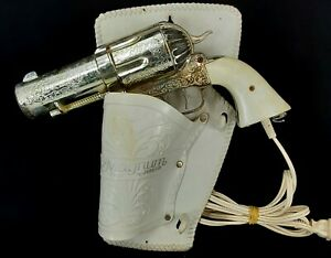 VINTAGE-MAGNUM-357-REVOLVER-HAIR-DRYER-WITH-HOLSTER-BY-JERDON-TESTED-WORKS