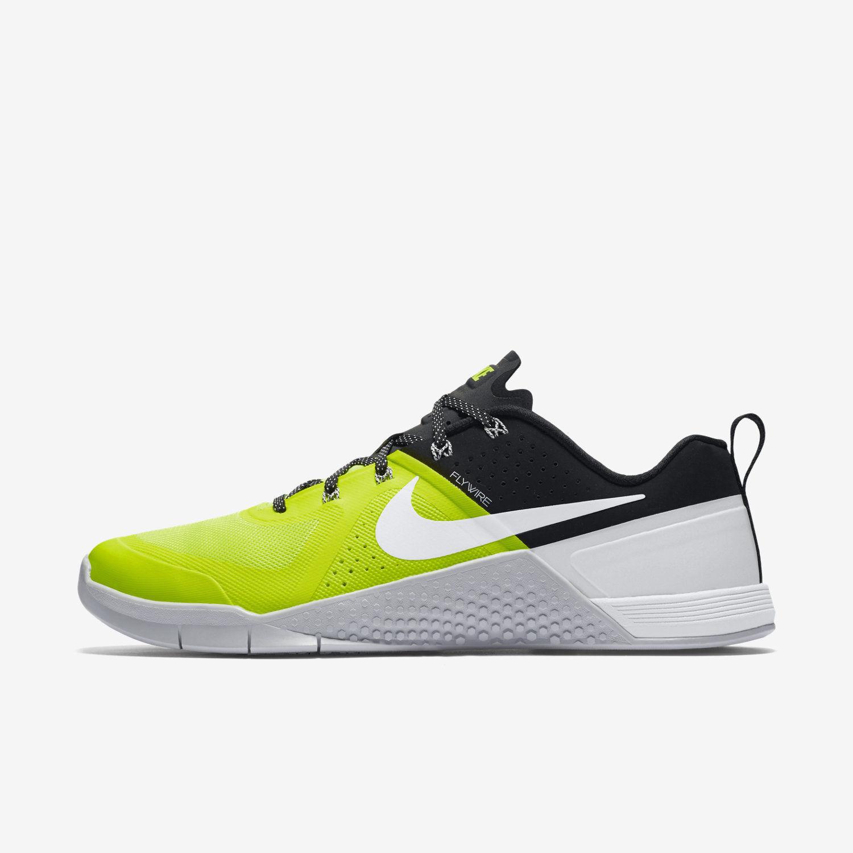 Nike Metcon 1 710 Volt/White-Black-Pure Platinum Size 11.5 New 704688 710 1 5a4570