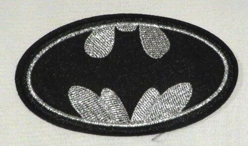 """DC COMIC/'S BATMAN BLACK /& SILVER LOGO 4/"""" WIDE EMBROIDERED PATCH"""