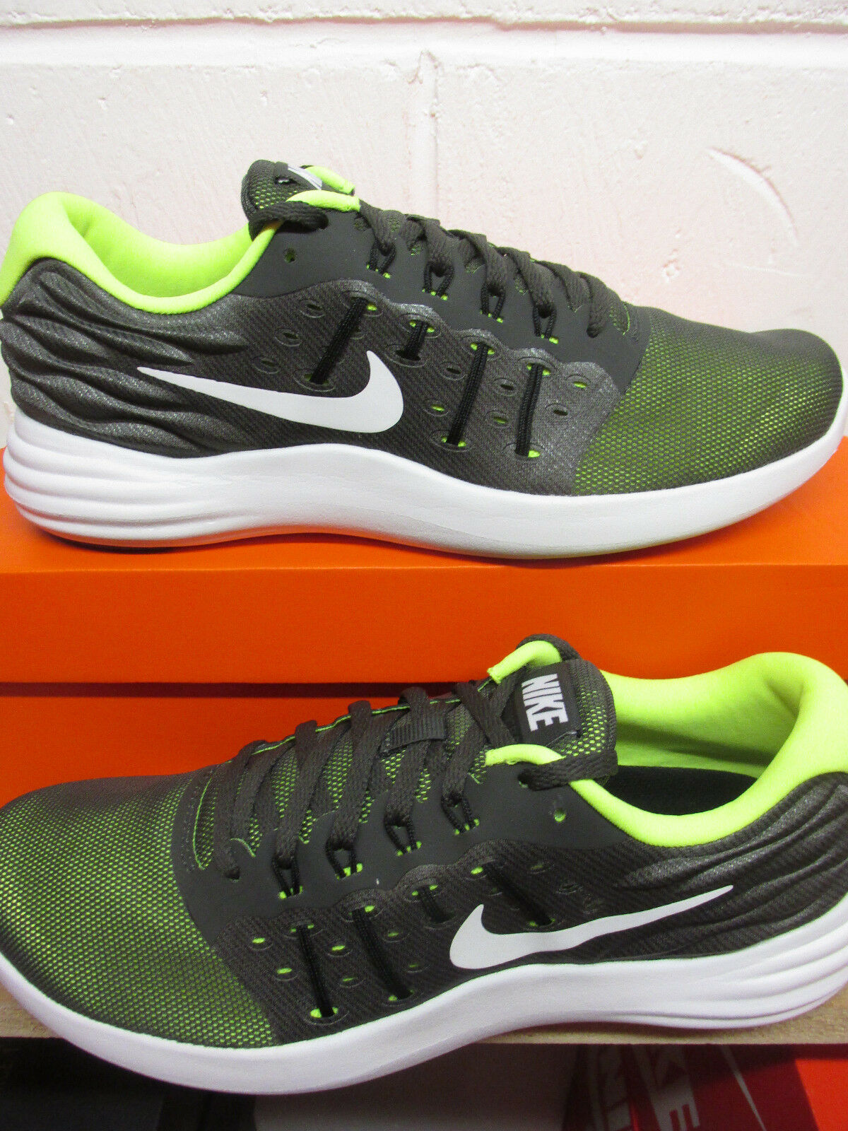 Nike Lunarstelos Mens Running Trainers 844591 011 Sneakers Shoes