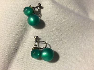 "Vintage Clip Jelly Green  Earrings 1"" Beautiful Grandmas Estate (Mia)"