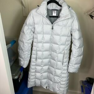299 Patagonia Women S Down Hooded Parka Jacket Puffer