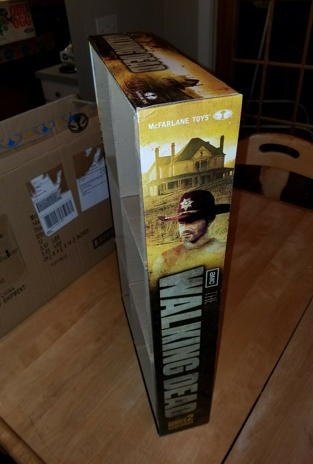 THE WALKING DEAD SERIES 2 2 2 ACTION FIGURE STORE DISPLAY WITH ORIGINAL SHIPPING BOX e744bf