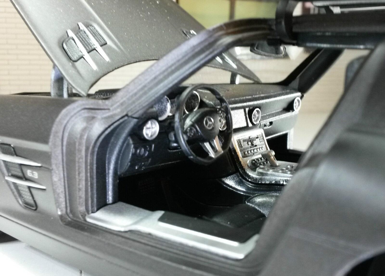1 24 SCALA MERCEDES Gull Ala V8 SLS SLS SLS C197 AMG Welly matt nero verde modello di auto c3a788