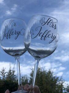 Personalised-Mr-and-amp-Mrs-Wedding-Wine-Glasses-Set-Wedding-Gift-For-Groom-Bride