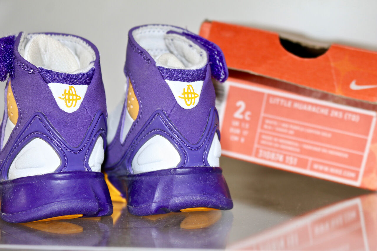 NEW Nike Nike Nike Air KOBE 2k4 Jordan shoes. Vintage RARE Sz 2c Gr 17 Sample PE Sky 1985 17df28