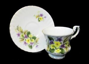 Royal Dover; Yellow & Violet Pansies; Tea Cup & Saucer Fine Bone China England